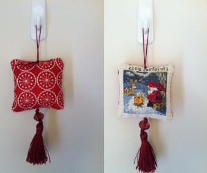 Santa Cross Stitch Baubble